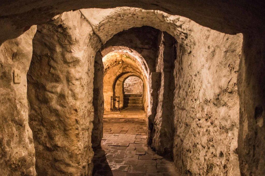 Lviv Yeraltı Tünelleri